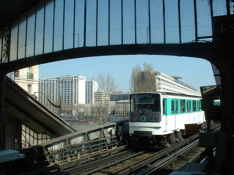 Bercy vue du quai de la gare