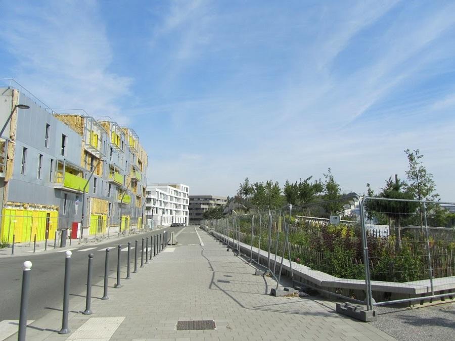 Rue de l'Asie et rue Lazare Garreau à Lille Sud